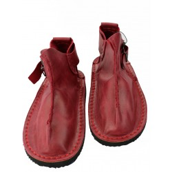 Leather shoes in red Naturally Podlasek