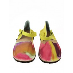 Colorful women's sandals from the Trek studio