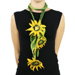 Long necklace of flowers made of Silk & Wool felt