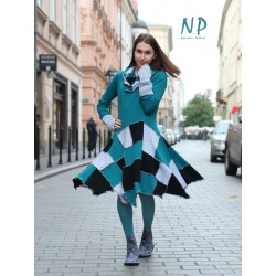 Short turtleneck patchwork dress made of knitted cotton.