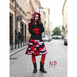 A short patchwork dress with a decorative hood made of knitted cotton.