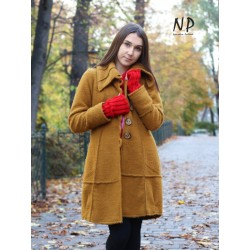 Short coat in mustard-colored steamed wool
