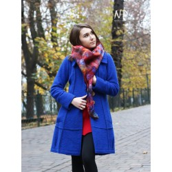 A short blue winter coat made of steamed wool