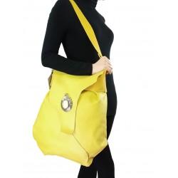 Yellow large leather bag-type bag