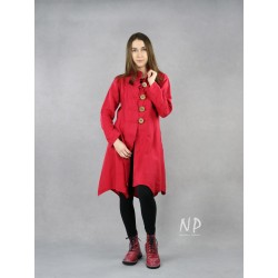 Women's red linen coat with a stand-up collar.
