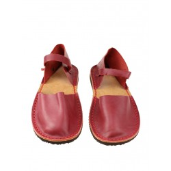 Women's red flat sandals made of natural leather