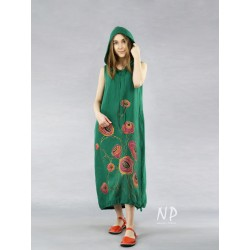 Green linen dress with a hood and decorated with hand-painted poppies