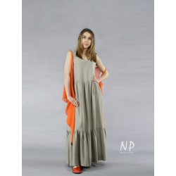 Linen Boho maxi dress with shoulder straps, with a sewn-on frill