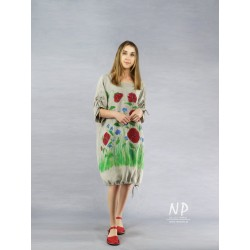Oversize dress with poppies...