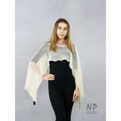 Multifunctional linen scarf in ecru color, made of hand-knitted fabric