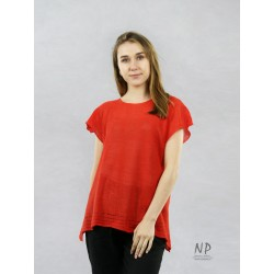 Loose sweater blouse made of linen with short sleeves in a coral color, decorated with hemstitch