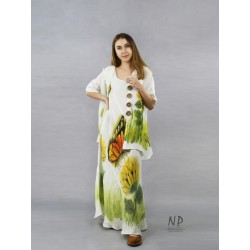 A linen dress with ecru straps, hand-painted with sunflowers and a butterfly, made of a bias.