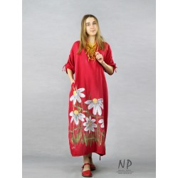 Red oversize dress made of linen, decorated with hand-painted flowers