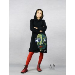 Hand-painted short black dress with a hood, made of knitted cotton