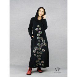 Hand-painted long black dress with a hood, made of knitted cotton