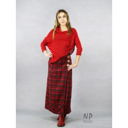 Long woolen wrap skirt with a red plaid, buttoned coconut shell