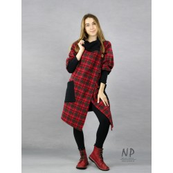 Women's oversize check wool jacket with a large collar, asymmetrically fastened with coconut buttons