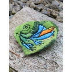 Hand-felted and embroidered women's brooch with the possibility of pinning the hair