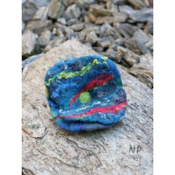 Hand-felted women's brooch in the form of a flower