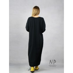 Black knitted oversize dress, decorated with hand-painted mountain ash