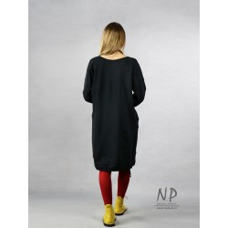 Black short knitted oversize dress, decorated with hand-painted mountain ash