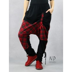 Checked Aladdin pants with pockets and tapered legs