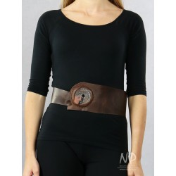 Brown leather belt decorated with artistic ceramics