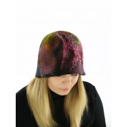 Hand-felted felt hat with a soft brim