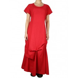 Long dress made of red cotton