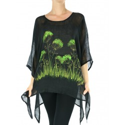Black linen blouse with elongated sides, decorated with hand-painted flowers in the meadow